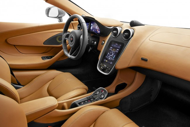 McLaren 570S Coupe interior 2