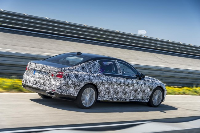 2016 BMW 7 Series prototype 4