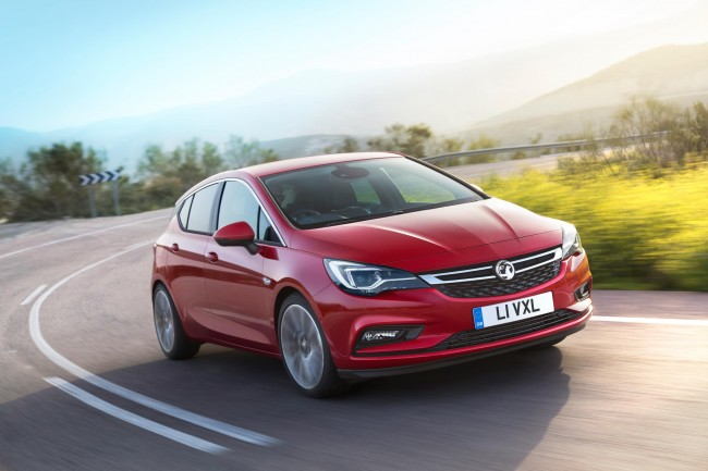 2015 Vauxhall Astra front side 2