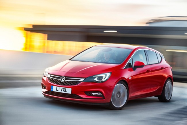 2015 Vauxhall Astra front side