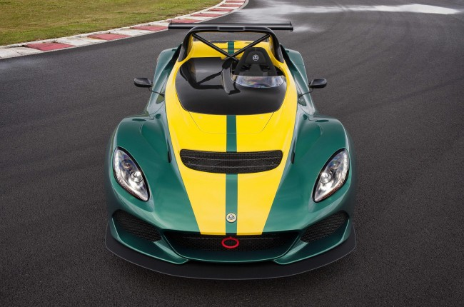 2016 Lotus 3-Eleven on the track front