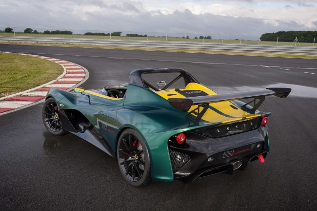 2016 Lotus 3-Eleven on the track rear
