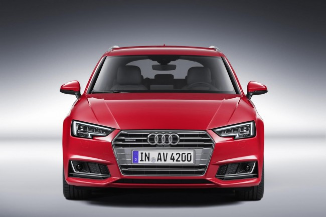 2016 Audi A4 Avant red front