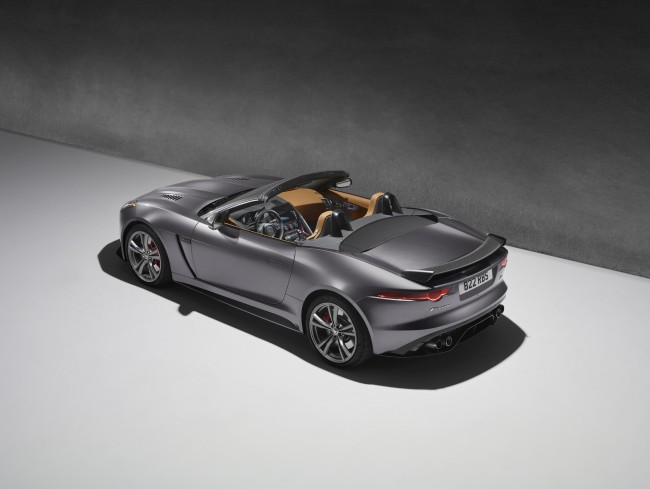 JAGUAR_F-TYPE_SVR_03_STUDIO_CONVERTIBLE