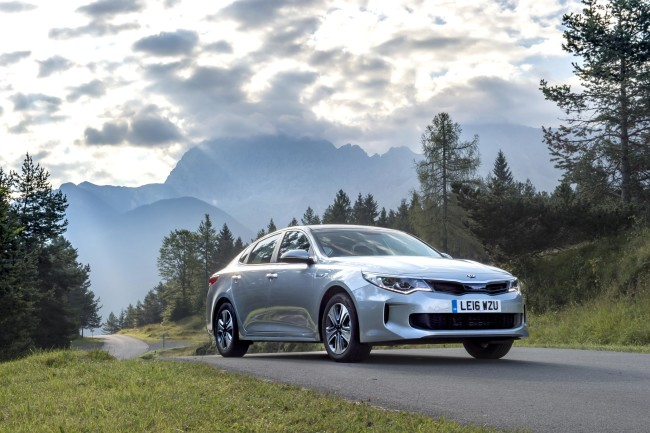 Optima Hybrid saloon - 007